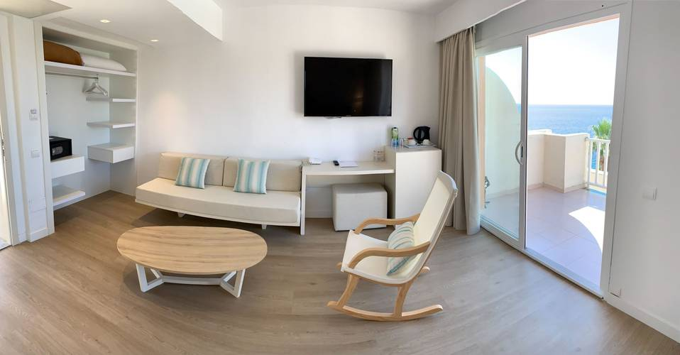 Junior-suite blau punta reina resort mallorca