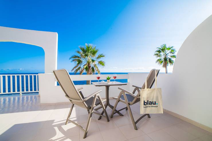 Sea front view junior suite blau punta reina resort majorca