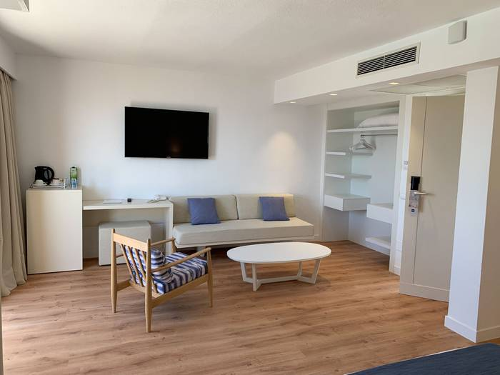Junior suite blau punta reina resort majorca