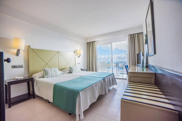 Double room with sea views blau punta reina resort majorca