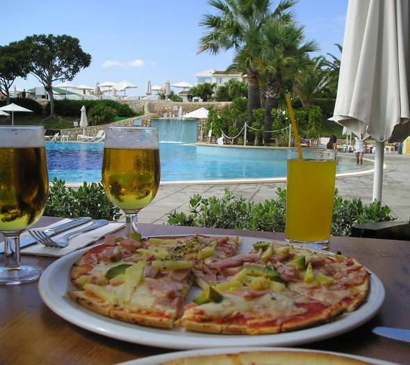 Day pass & night pass blau punta reina family resort majorca