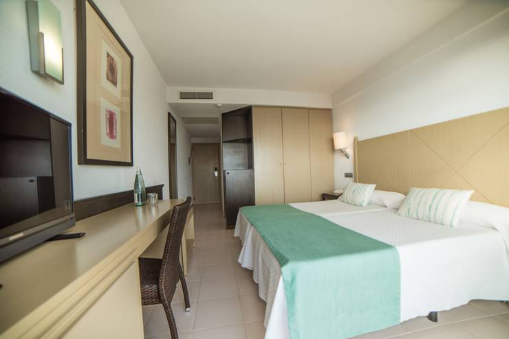 Double room blau punta reina resort majorca
