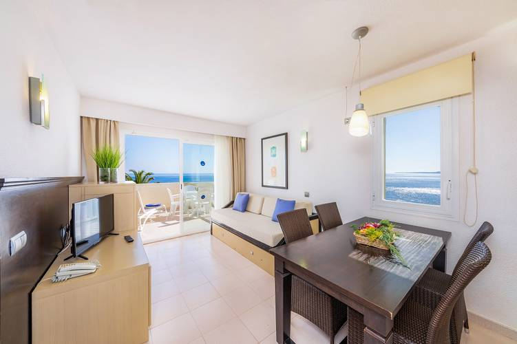 Apartment with sea views blau punta reina resort majorca